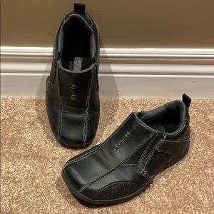 Boys black Skechers